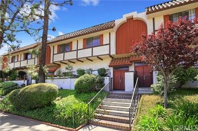 Pasadena Condo/Townhouse Active Under Contract: 2450 E Del Mar Boulevard #4