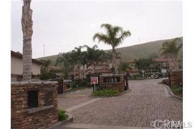 San Bernardino Condo/Townhouse For Sale: 1265 Kendall Drive #2525