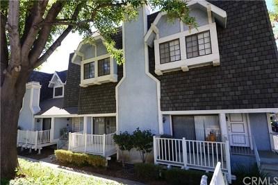 Northridge Condo/Townhouse For Sale: 18448 Lemarsh Street #53