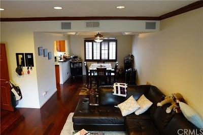 Condo/Townhouse For Sale: 12416 Magnolia Boulevard #8
