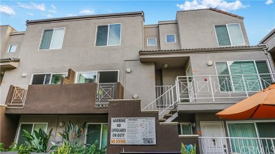 Burbank CA Condo/Townhouse For Sale: $430,000