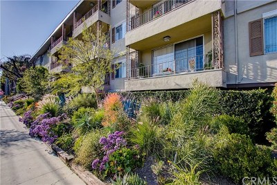 Toluca Lake Condo/Townhouse For Sale: 10707 Camarillo Street #214