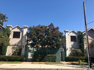 Studio City Condo/Townhouse For Sale: 12841 Woodbridge St. # 15