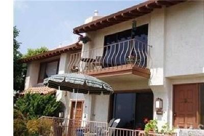Burbank Condo/Townhouse For Sale: 1703 Camino De Villas