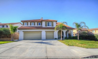 Perris Single Family Home For Sale: 164 Alabaster Loop