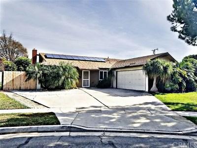 Huntington Beach Single Family Home For Sale: 16762 Debra Circle
