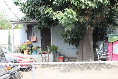 Los Angeles Multi Family Home For Sale: 1679 E 108th Street