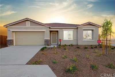 Adelanto Single Family Home For Sale: 11964 Bluff Court