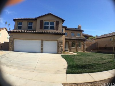 Corona Single Family Home For Sale: 2923 Gilbert Avenue