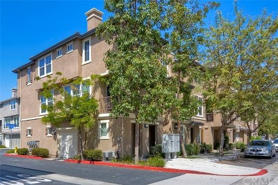 Chula Vista Condo/Townhouse For Sale: 1613 Yellow Pine Place