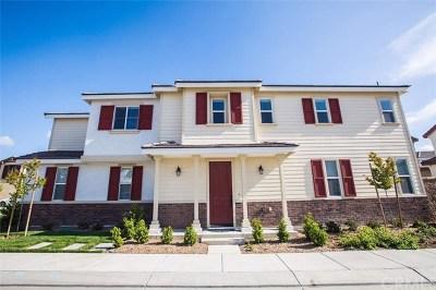 Eastvale Single Family Home For Sale: 7046 Snowburst Ct