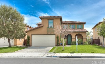 Perris Single Family Home For Sale: 3957 Sauvignon Way