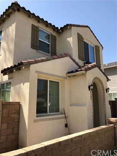 Rancho Cucamonga Condo/Townhouse For Sale: 8585 Montrose