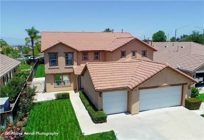Corona Single Family Home For Sale: 361 Adirondack Drive