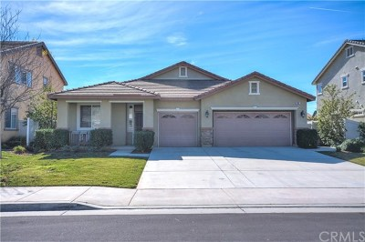Perris Single Family Home For Sale: 853 Volande Court