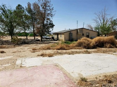 Lucerne Valley Multi Family Home For Sale: 34774 Old Woman Springs Road