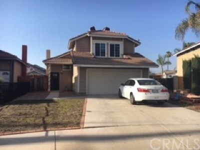 Moreno Valley Single Family Home Active Under Contract: 24342 Kurt Court