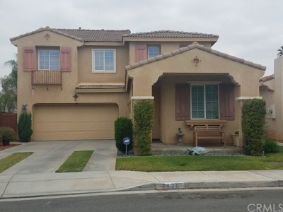Perris Single Family Home For Sale: 1420 Albillo