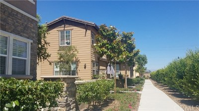Fontana Condo/Townhouse For Sale: 16001 Chase Road #29