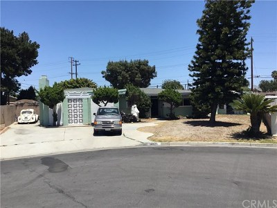 Garden Grove Single Family Home Active Under Contract: 10925 Linnell Avenue