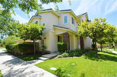 Glendora Condo/Townhouse For Sale: 155 Martindale Way