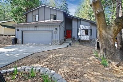 Arrowbear, Big Bear, Blue Jay, Cedar Glen, Cedarpines Park, Crestline, Lake Arrowhead, Running Springs Area, Rimforest, Twin Peaks, Wrightwood Single Family Home For Sale: 31430 Oakleaf Drive