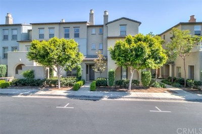 Rancho Cucamonga Condo/Townhouse For Sale: 12486 Canal Drive #2
