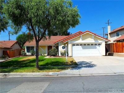Single Family Home For Sale: 6994 La Mancha Drive