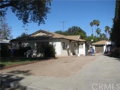 Riverside Multi Family Home For Sale: 7467 Mount Vernon