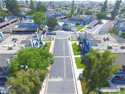 Downey Condo/Townhouse For Sale: 7320 Quill Drive #35