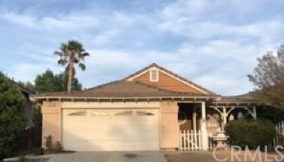 Fontana Single Family Home Active Under Contract: 11975 Blackstone Court