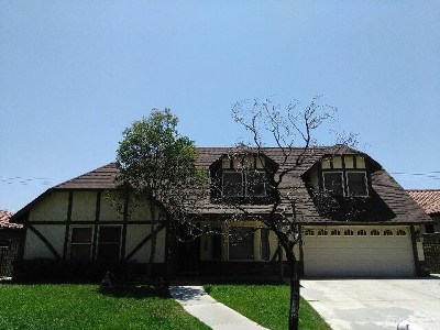 San Bernardino Single Family Home For Sale: 661 Northpark Boulevard