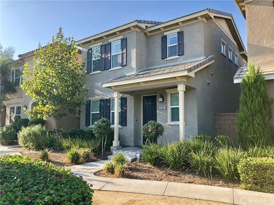 Eastvale Condo/Townhouse For Sale: 6061 Snapdragon Street