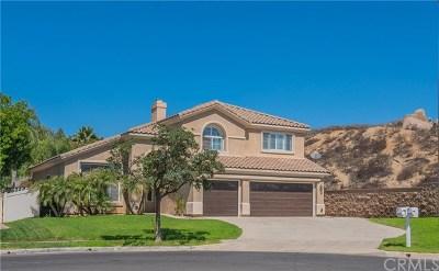 Corona Single Family Home For Sale: 2391 Moonridge Circle