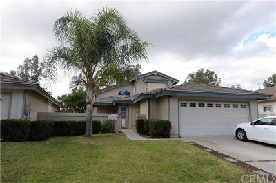 Temecula Single Family Home For Sale: 31670 Corte Encinas