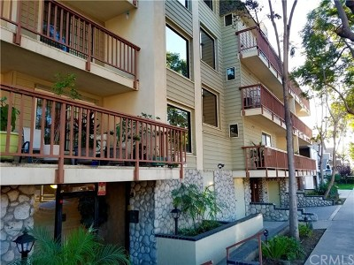 Long Beach Condo/Townhouse For Sale: 3516 E Ransom Street #207