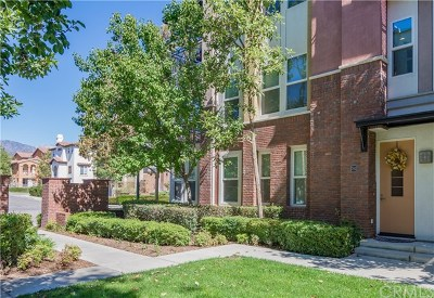 Claremont Condo/Townhouse For Sale: 702 W 1st Street