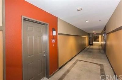 Anaheim Condo/Townhouse For Sale: 1801 E Katella Avenue #1058