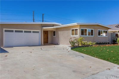 Long Beach Single Family Home For Sale: 3221 Hackett Avenue