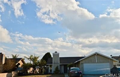 Fontana Single Family Home For Sale: 15613 Iris Drive