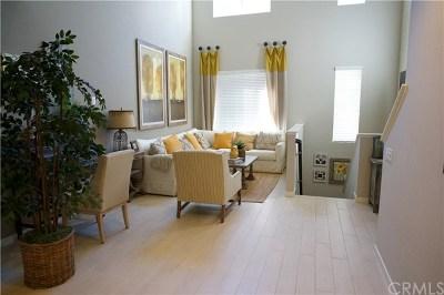 Irvine Condo/Townhouse For Sale: 559 Rockefeller