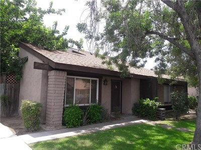 Bakersfield Condo/Townhouse For Sale: 2100 Pinon Springs Circle #A