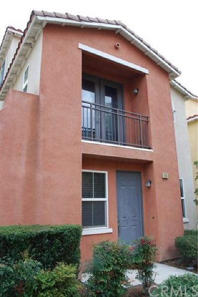 Rialto Condo/Townhouse For Sale: 275 Bloomington Avenue #115
