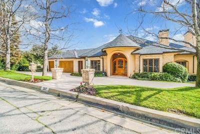 Single Family Home For Sale: 247 Oak Knoll Drive