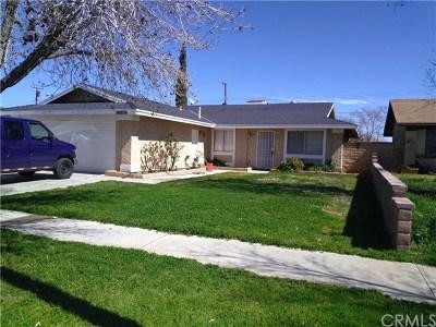 Palmdale Single Family Home For Sale: 38828 Stanridge Avenue