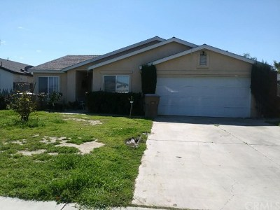 Bakersfield CA Single Family Home For Sale: $220,000