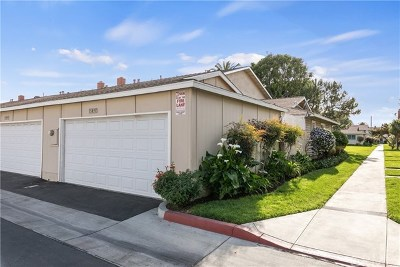 Fountain Valley Condo/Townhouse For Sale: 15893 Godwin Court