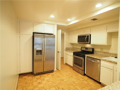 Sherman Oaks Condo/Townhouse For Sale: 15335 Magnolia Boulevard #211