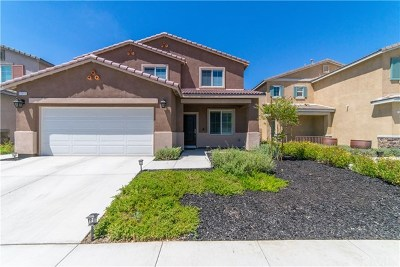 Lake Elsinore Single Family Home For Sale: 30015 Cottage Lane