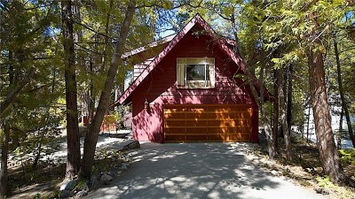 Arrowbear, Big Bear, Blue Jay, Cedar Glen, Cedarpines Park, Crestline, Lake Arrowhead, Running Springs Area, Rimforest, Twin Peaks, Wrightwood Single Family Home For Sale: 170 Bret Harte Road